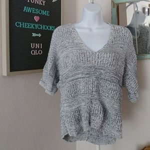 UNIQLO crop loose marled sweater short sleeved